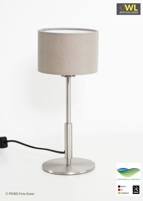 Kambi - Tischleuchte mit verschiedenfarbigen Lampenschirmen in Edelstahloptik